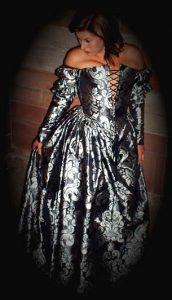 Margots Hochzeitsfestkleid